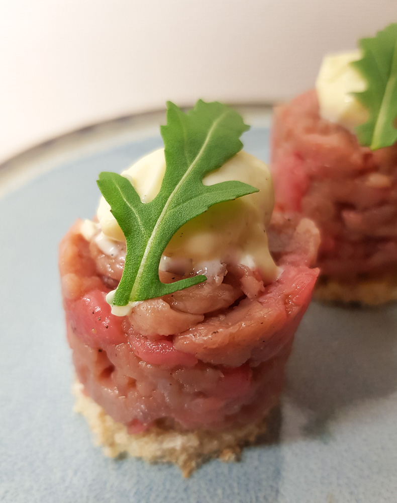 Mini steak tartaar amuse
